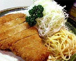 浅草国際通りで長年愛される伝統の味 絶品とんかつ