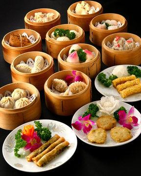 信用卡 - -  *日元价格 设备与服务 语言 - -  自助餐菜单 - -  无限
