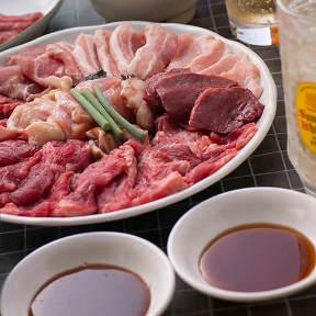 神戸発祥 焼肉六甲 元町店
