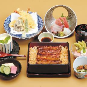 岡本あずさが上野デートで堪能 江戸時代創業の名店「伊豆栄」の「鰻重」