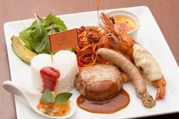 肉汁あふれるこだわりのハンバーグが人気 東京・青山の大人のお子様ランチ