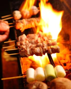 豚肉なのに焼き鳥 「室蘭焼鳥」に北川景子も満面の笑み