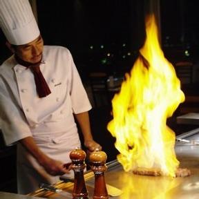 鉄板焼レストラン八景 image