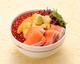北海道の豪快海鮮丼 海鮮や よし丼