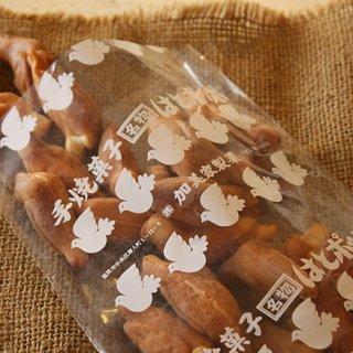 毎月1日と15日だけ販売!福岡市民が愛する加美家製菓の「はとポッポ」