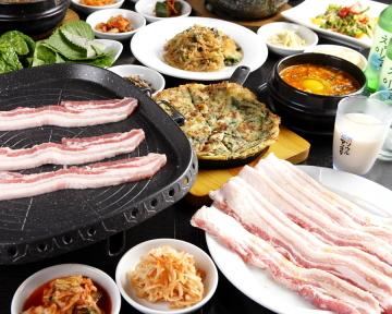 韓国料理 食べ放題 アジャアジャ 西梅田