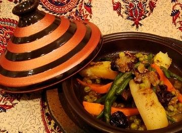 間伐したヒノキの皿と極上鮨のハーモニィ:料理屋 …