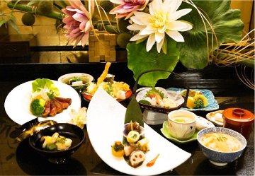 日本料理 貴船 image