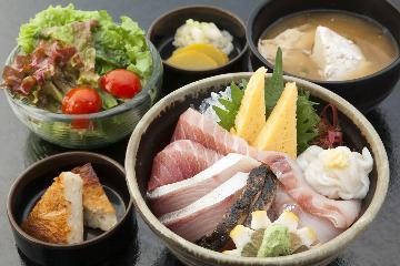 浜焼き しんちゃん イオンモール富士宮店