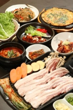韓国家庭料理 草家(チョガチップ)