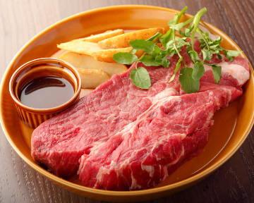 熟成肉とスパークリングワイン ミートスタイルカフェ 仙台駅前店