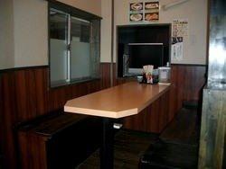 1階に半個室がリニューアル、32インチテレビ完備(8名様まで)