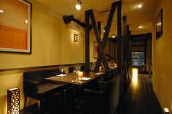 2階のテーブル席。各種パーティーや接待会食にも◎20名様まで