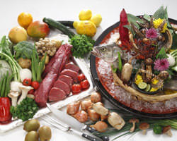 その時季美味しい食材を使用。季節の味をお楽しみください