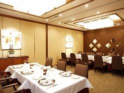 個室プライベート空間で大切な方とのお食事をお愉しみください。