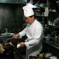 台北の有名ホテル元料理長が腕を振るう本格中華は絶品!