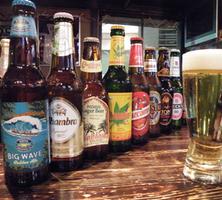 世界のビールがなんと50種類! オリジナル競走馬カクテルも沢山!