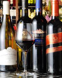 【ワイン】赤白ワインが豊富!あわせて30種類以上。