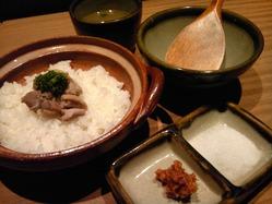コーチン土鍋塩ごはん シンプルながら深みのある美味しさです。