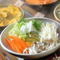 新鮮な野菜を食べ放題でご提供いたしております。