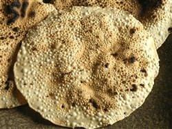 クリスピーな【パパド】ビールに良く合う、インドの豆せんべい