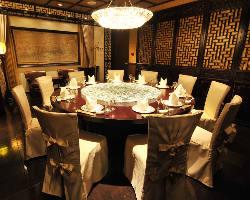 12~15名様の特別室。お顔合わせや接待に最適なお部屋です。