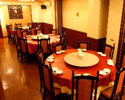 6~8名様個室が3部屋、16名様個室、40名様個室がございます!