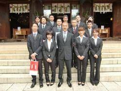 [社員一同] 毎年欠かさず所澤神明社様にて食材供養を行います