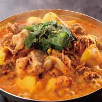 カムジャタン 牛の背肉とジャガイモの辛口鍋!
