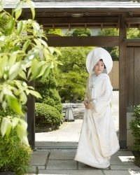 憧れの純和風の結婚式。衣装のレンタルや写真撮影も。