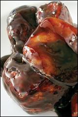 名物!げんこつ肉の真っ黒酢豚