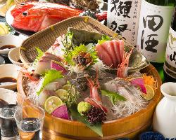 魚河岸直送の鮮魚と 自慢の地酒をご一緒に…