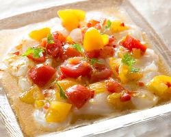 カルパッチョは自家製ソースで色々な味をお楽しみ頂けます。