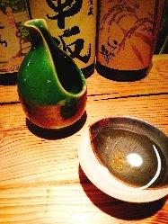 厳選和酒をこだわりの「青魚」で堪能。