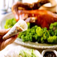 大人気の竹苑看板料理~黒酢の酢豚~エビのゆば巻き~