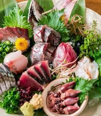 当店おすすめの鮮魚のお刺身盛り合わせ!
