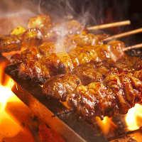 大人気!!新鮮な国産鶏肉・国産豚肉の串焼き♪