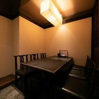 カジュアルな設えのテーブル席仕様の個室は普段の飲み会に最適◎