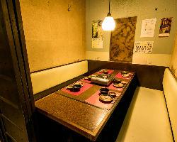 【個室】一番人気の20名様用個室。会社の部署宴会で。