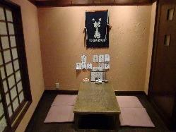 2階は個室7つのお座敷席(40名まで)です。