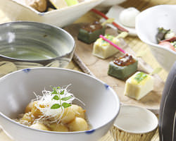 ひと手間加えた懐かしの和食の数々。