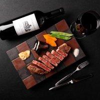 お料理に合わせたワインをご用意します。