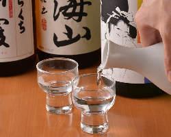 旨い肴と旨い酒で今宵も一杯♪一日の疲れもぶっとびます!!