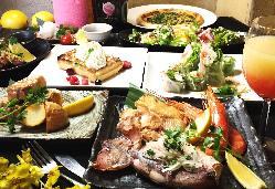 和食・イタリアン・フレンチ・アジアン料理の数々が楽しめる!