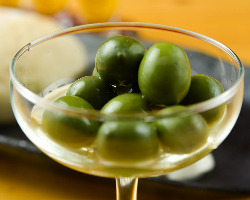 小豆島産オリーブの新漬け