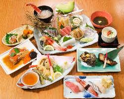豪華で多彩な魚介を堪能できるすし懐石コース5,500円