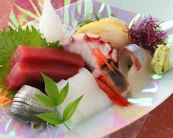 豊洲市場から毎日直送の新鮮な魚類 新鮮なネタをお届します♪