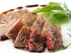 新鮮な食材で様々なお料理をご用意しております。