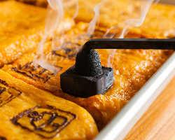 ◆すずやの刻印入り!厚焼き玉子は大木養鶏場の生みたて卵を使用