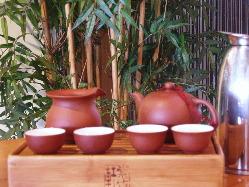 中国茶は台湾や本土に仕入れにいきます